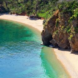หาด Mogren Beach