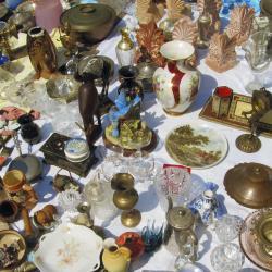 ตลาดนัด Monastiraki Flea Market