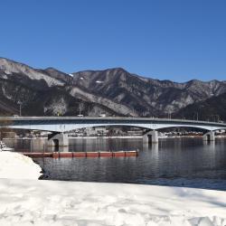 สะพานข้ามทะเลสาบทะเลสาบคาวากูจิโอฮาชิ