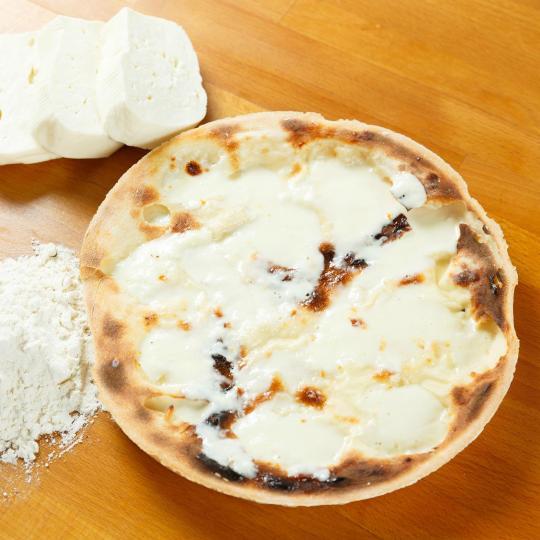 โฟคาชช่า ขนมปังชีสใน Recco