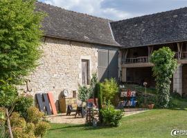 La Maison de Louna, Salles-Courbatiès