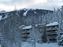 Tantalus Resort Lodge