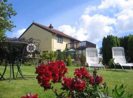 Ty Castell Bed and Breakfast - Home of the Kingfisher, Carmarthen