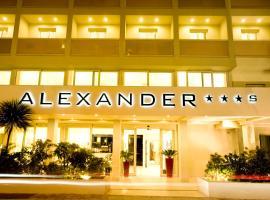 Hotel Alexander, ริคชิโอเน