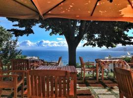 Capri Wine Hotel, กาปรี