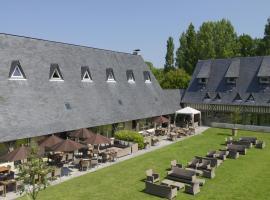 Les Manoirs de Tourgéville, โดวีลล์