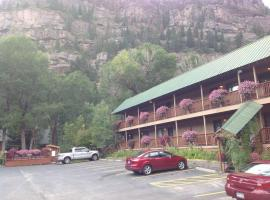 Rivers Edge Motel Lodge & Resort, Ouray