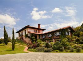 Hotel Ibarra, Llantada