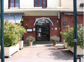 Inter-Hotel Le Chapon Fin, Moissac