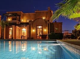 Villa Amira Golf de Samanah, แทมสลูท