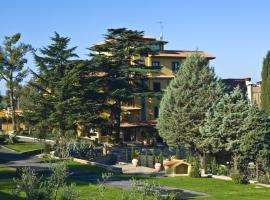 Hotel Poggio Regillo, เฟรส-กาตี