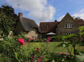 Thatch cottage, Lacock