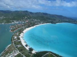 Villa Antigua chiama Italia, Jolly Harbour