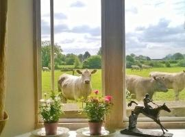 Battens Farm Cottages B&B, Yatton Keynell