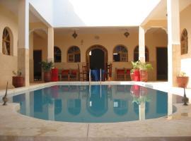 Villa Ounagha, อูนาร่า