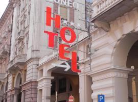 Cuneo Hotel, Cuneo