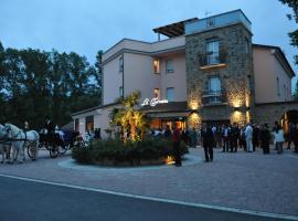 Hotel La Torretta, คาสเทลซานเปียโตรแตร์เม