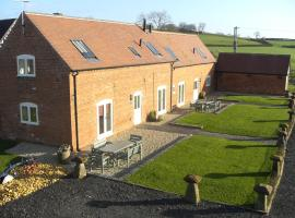 Lower Berrow Farm Cottages, Astwood Bank
