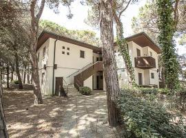 One-Bedroom Apartment in Via dell'Edera, Loria