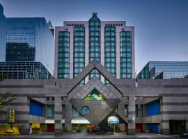 Novotel Toronto North York, โตรอนโต