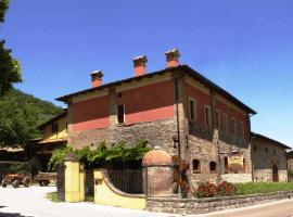 Agriturismo La Tintoria, Castello di Serravalle