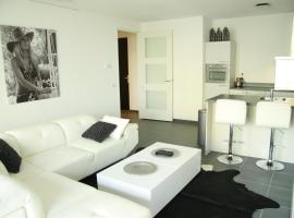 Calypso 220 Luxury Apartment with Private parking and Gym, รอตเตอร์ดัม