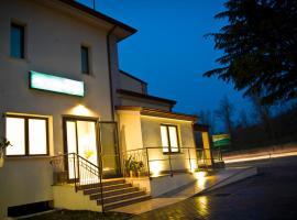 Hotel Main Street, Cerasolo