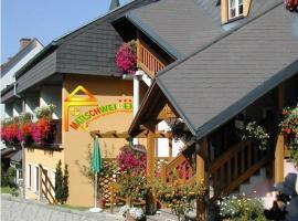 Bio-Bauernhof-Hotel Matlschweiger, Lassing