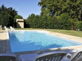 Holiday Home 3733 Rte de Cavaillon, Cabannes
