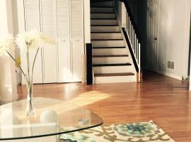 A Suite Escape Guest House Toronto, โตรอนโต