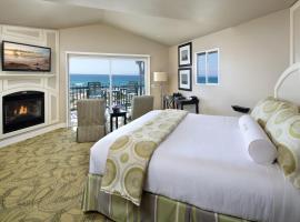 Sanctuary Beach Resort, Marina