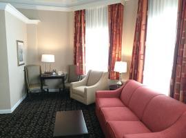 The Wilshire Grand Hotel, West Orange