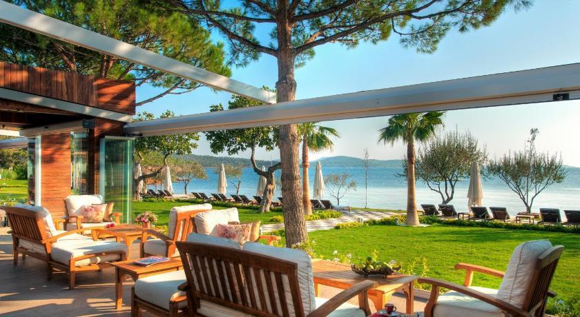 Ortunc Hotel - Cunda Island in Ayvalik