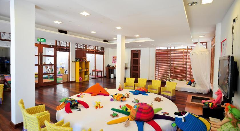 детский клуб  в Constance Halaveli