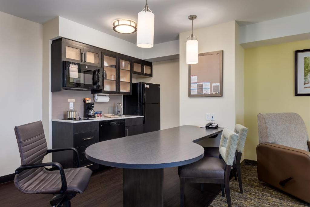 A room at The Park Inn by Radisson Calgary Airport North.
