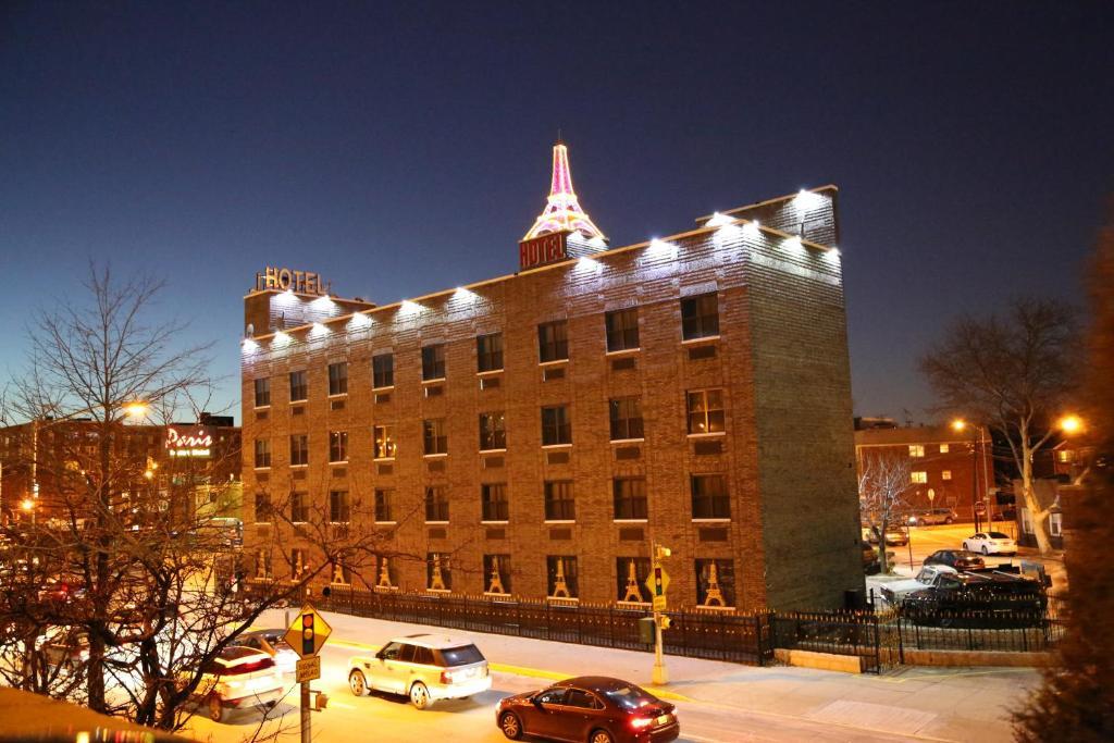 Paris Suites Hotel New York.