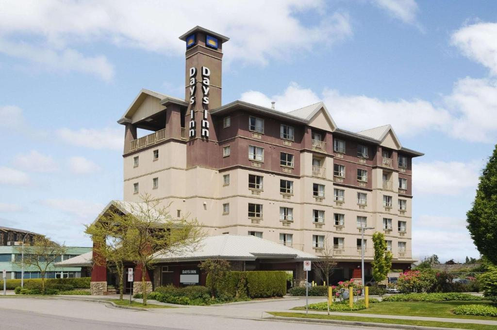 Days Inn by Wyndham Vancouver Airport.