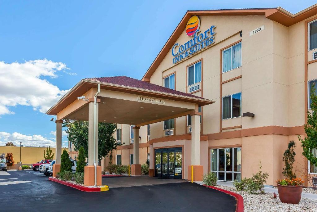Comfort Inn & Suites Airport Reno.