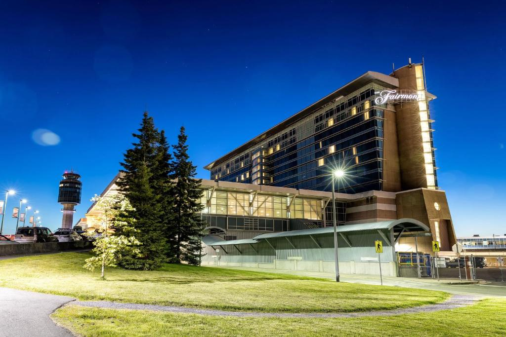Fairmont Vancouver Airport In-Terminal Hotel.