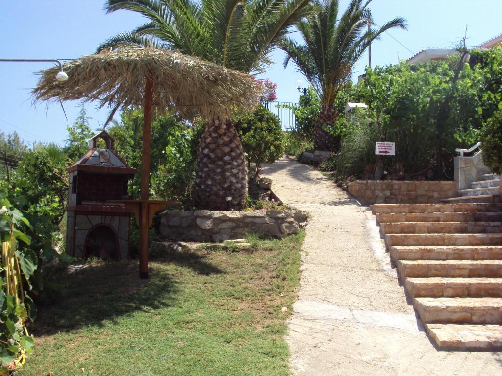 Частный дом в остров Торони