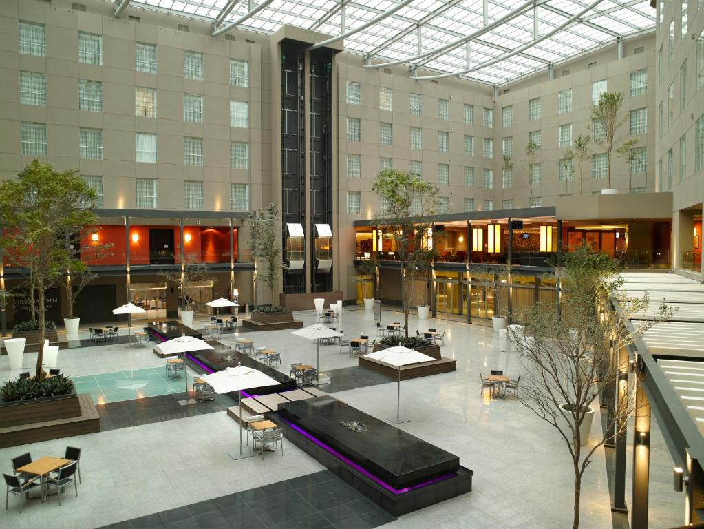Courtyard by Marriott Mexico City Airport.