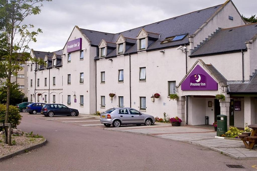 Aberdeen Airport Hotels - Free Parking | The Closest Hotel