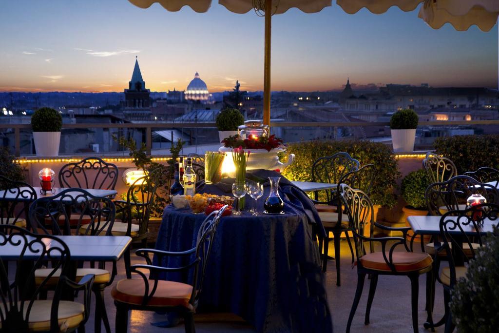 ห้องอาหารหรือที่รับประทานอาหารของ Marcella Royal Hotel