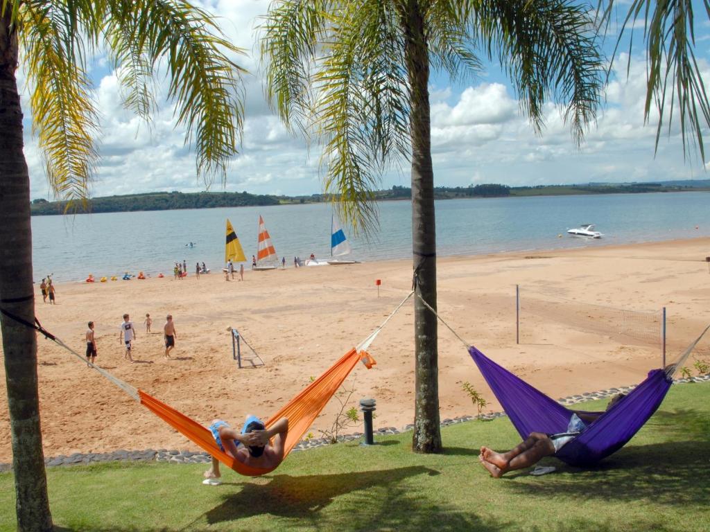 ชายหาดของโรงแรมหรือชายหาดที่อยู่ใกล้ ๆ