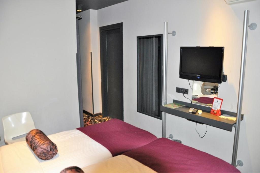 هتل تولیپ سیتی