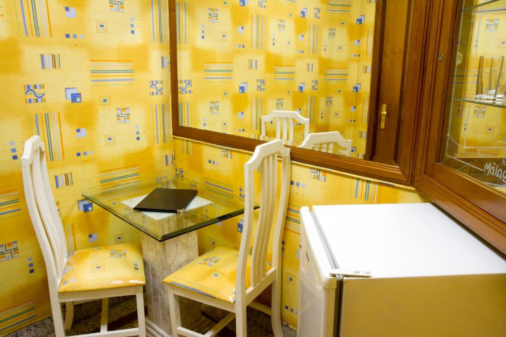Hotel Malaga (Adult Only)
