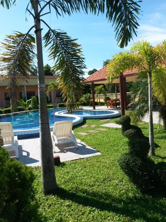 MrHouse Resort Pak Khat