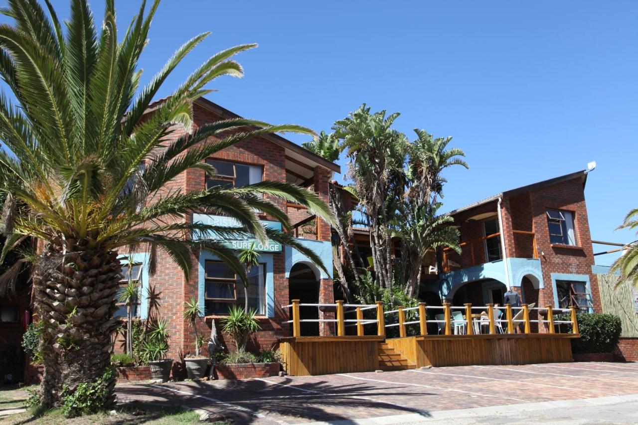 Cristal Cove Surf Lodge