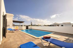 สระว่ายน้ำที่อยู่ใกล้ ๆ หรือใน Villa Los Charcones