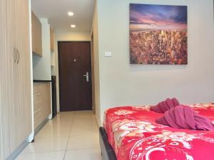 เตียงในห้องที่ Laguna Bay 1